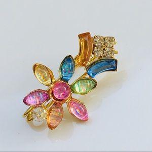Flower 🌸 brooch pin gold crystal pink blue